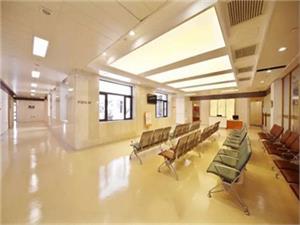 杭州邵逸夫医院中年体检套餐多少钱?